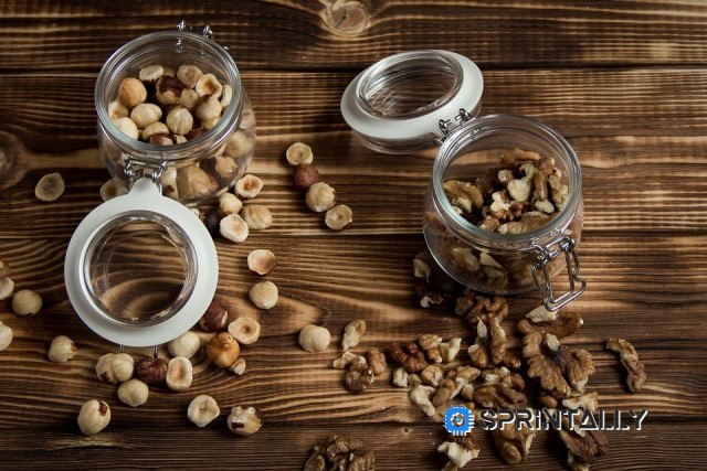 Who can't eat nuts