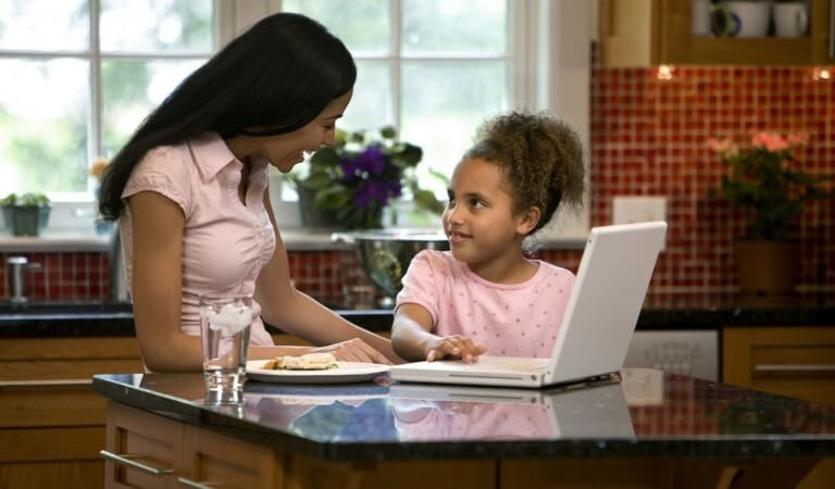 The 5 best ways to earn from internet from your home