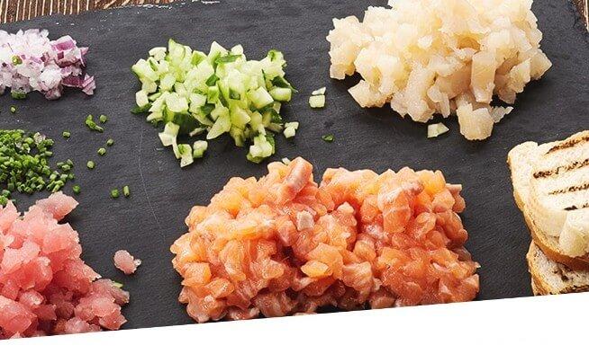 Sushi Bowl With Salmon Sashimi And Ginger Sauce