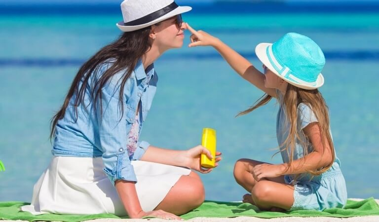 How to choose a sunscreen: expert tips
