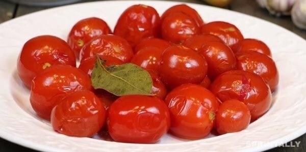 Sweet Marinated Tomatoes