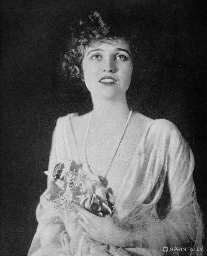 Agnes Eyrs