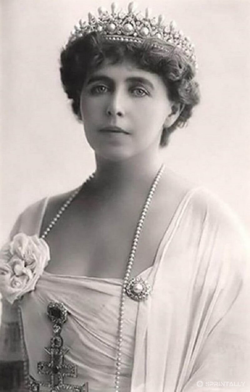 Maria, Queen of Romania