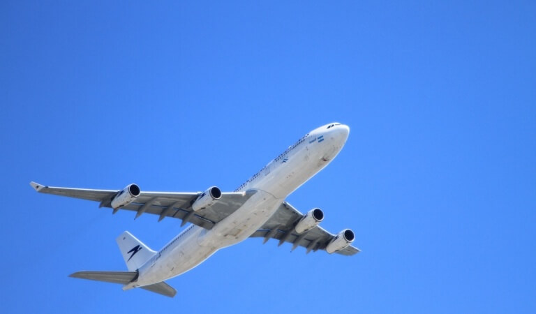 10 myths about passenger flights