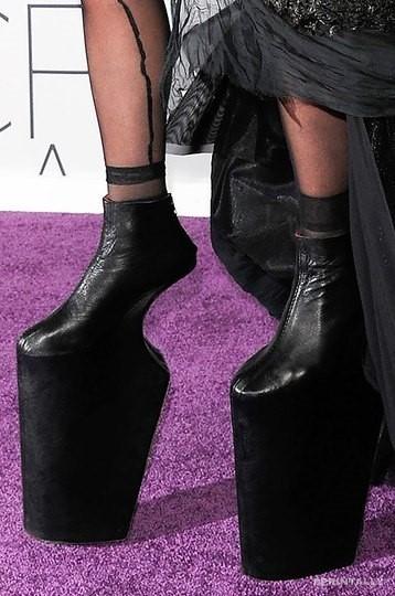Uncomfortable Shoes 19