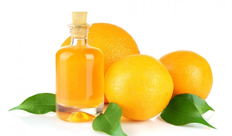 Orange essential oil – properties and application for face, hair and cellulite