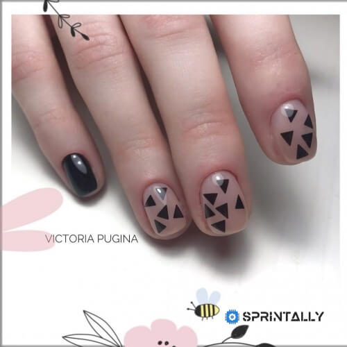 Fashionable Nail Art Design With Geometric Elements