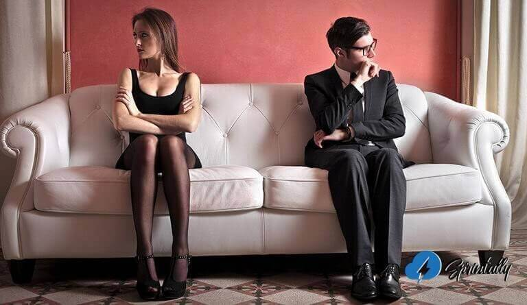 How to deal with a girl? 9 awesome tips