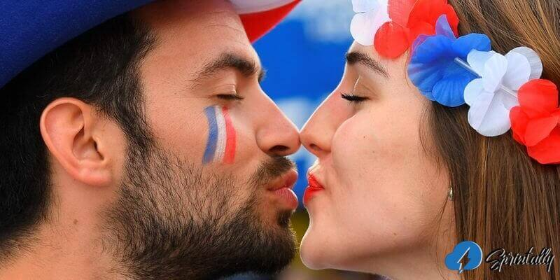 Kiss On The Lips Without Tongue