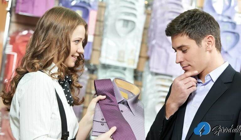 How to meet a saleswoman: 3 Amazing tips