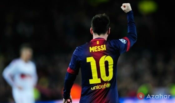 In The Barcelona Messi Is Playing At Number 10
