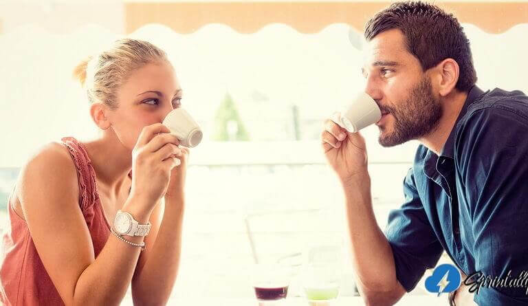 Questions to ask a girl: 325 examples