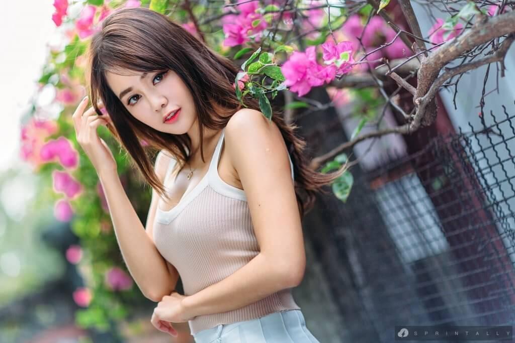 Tied Japanese Girl Made Orgasm