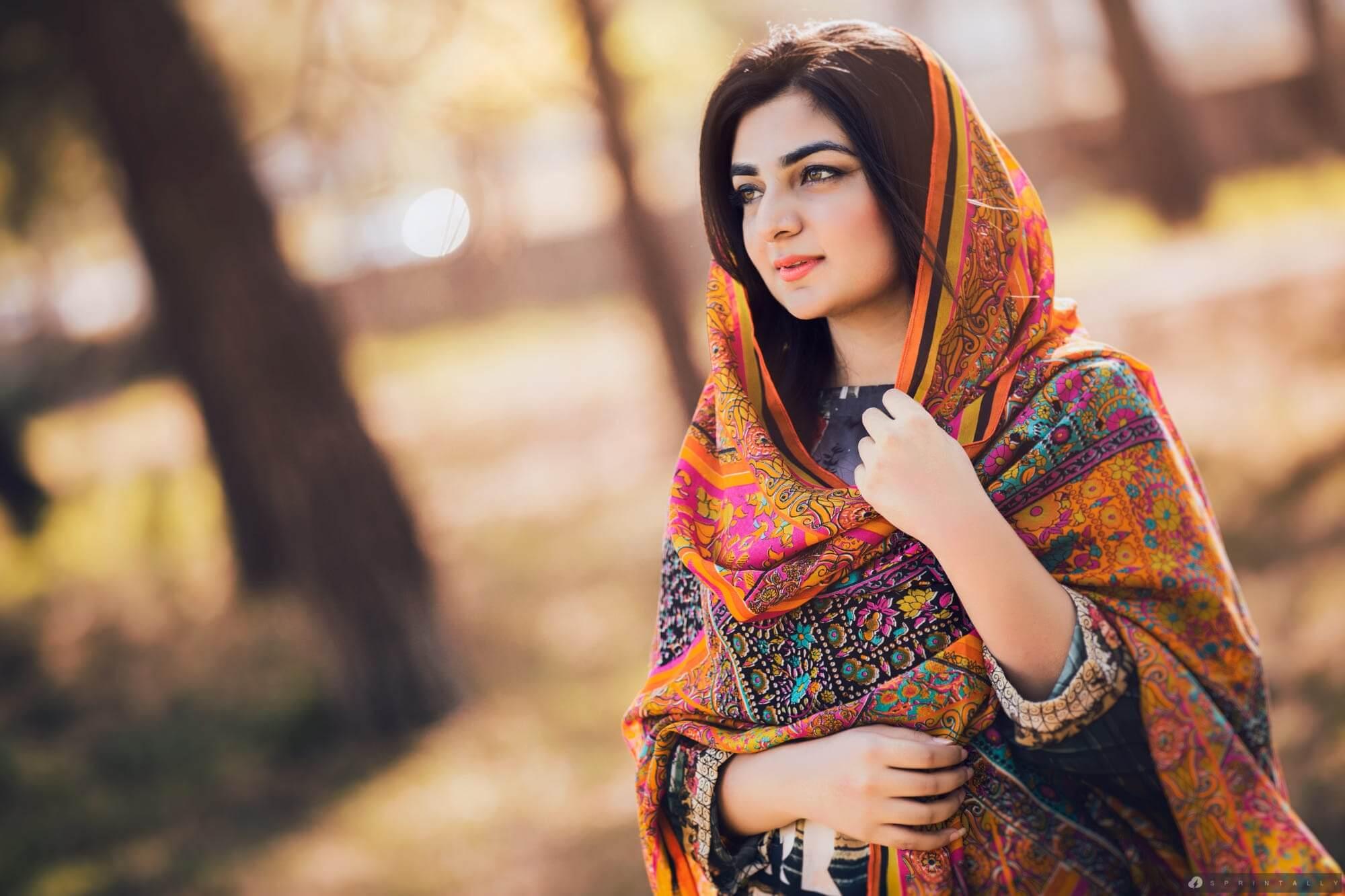 Girl most muslim beautiful world in Top 10