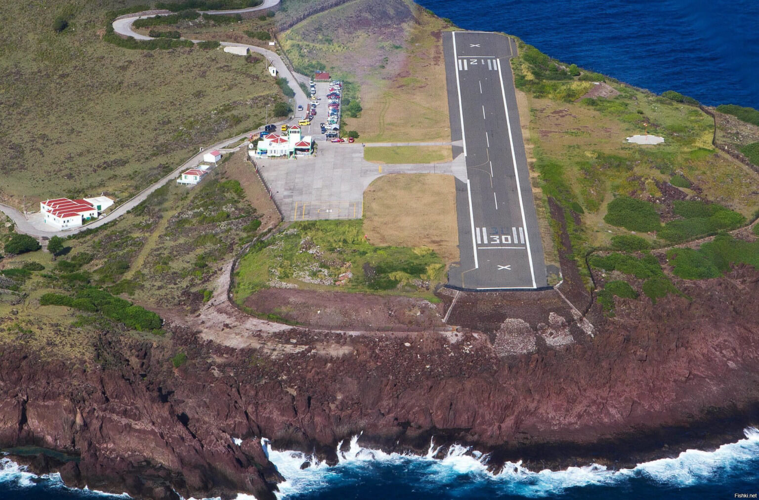 Juancho E Yrausquin Airport