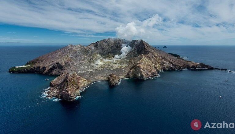 New Zealand: white island – private volcano in the middle of the ocean
