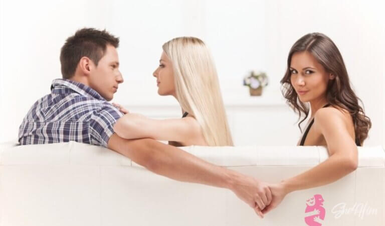 15 signs that he is married