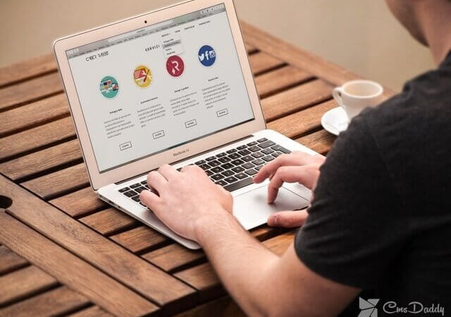What is a website? what are the types of websites?