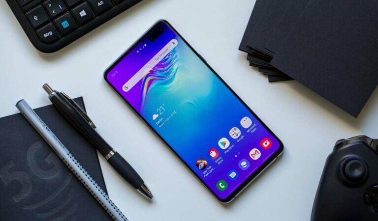 Top 10 best compact smartphones of 2021