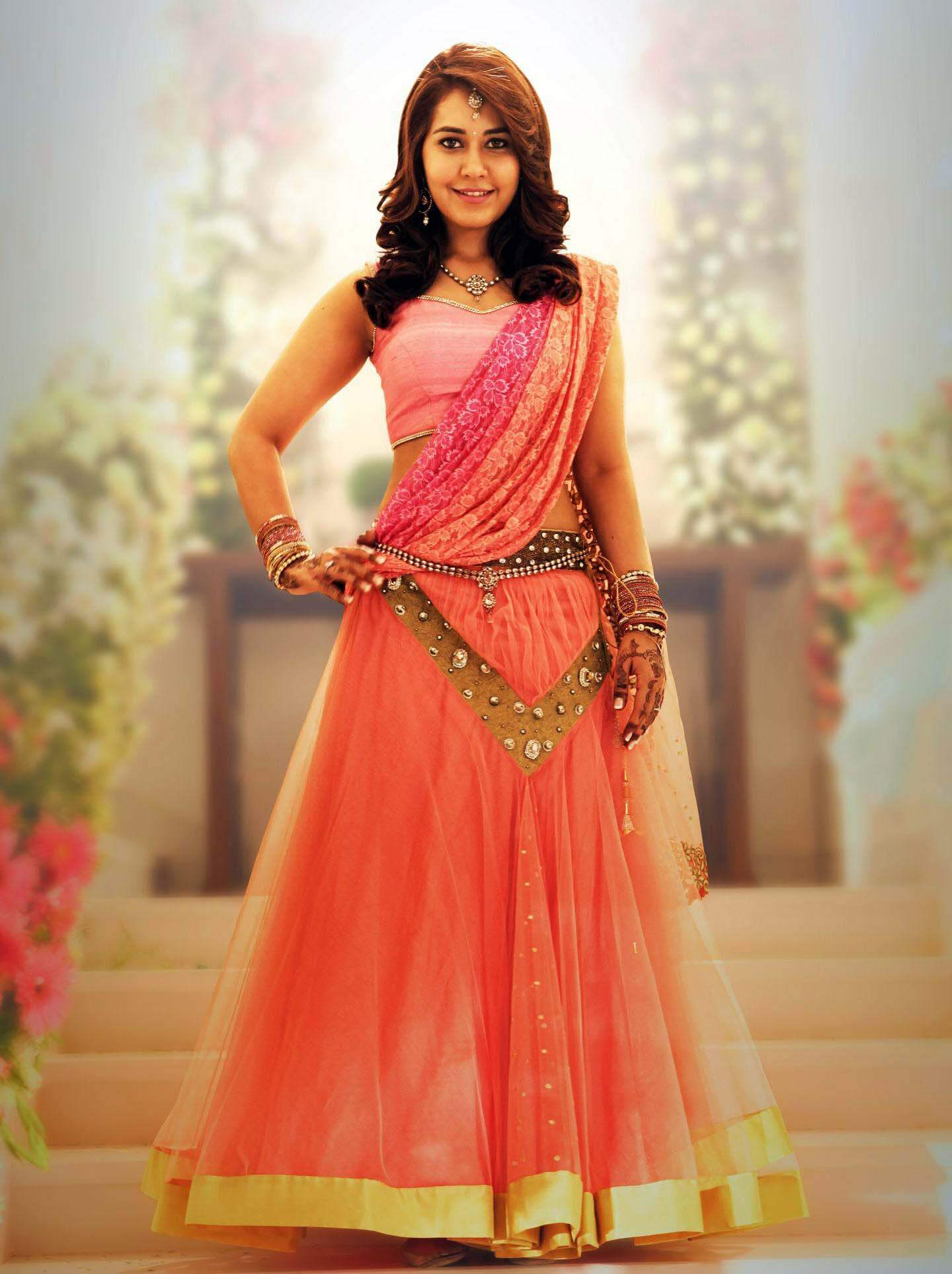 Indian Model Raashi Khanna