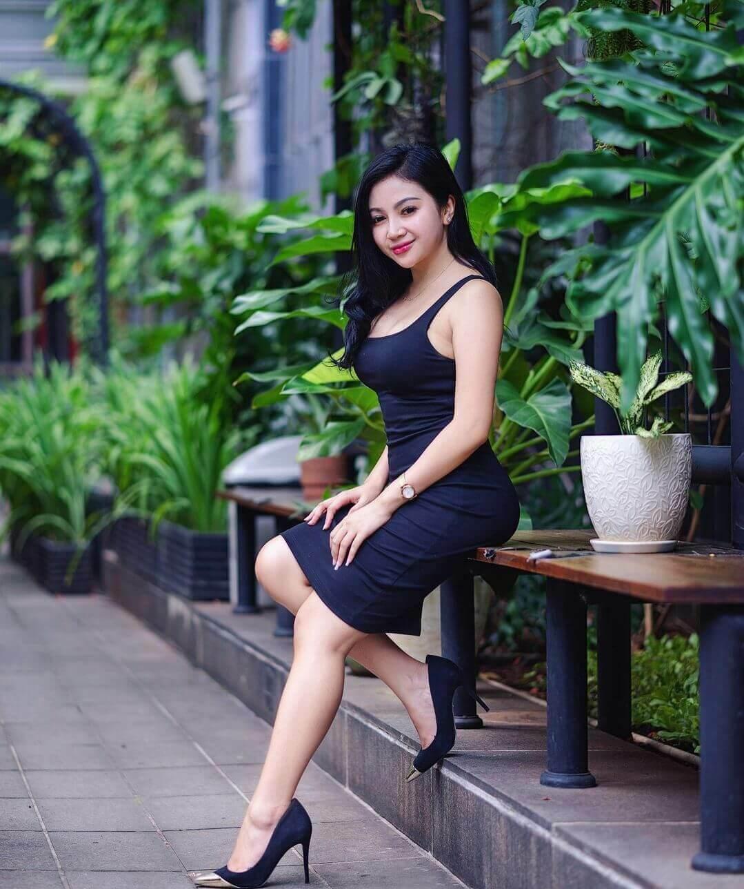 Maria Arra On Black Dress
