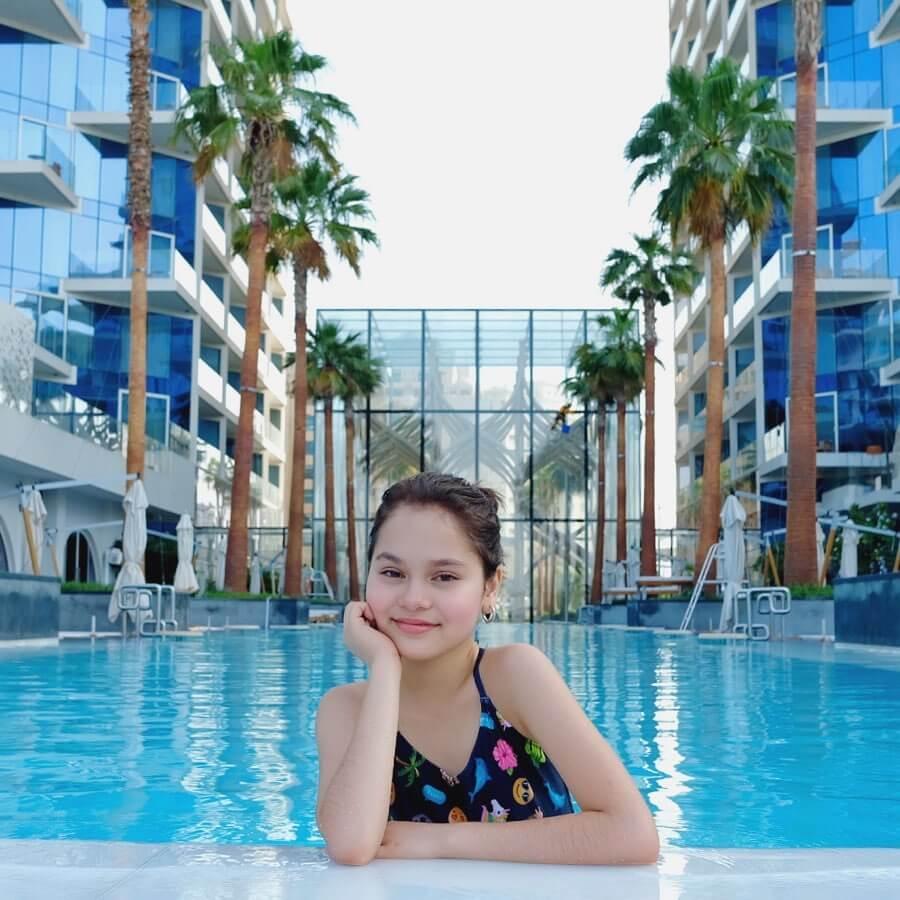 Mona Louise Rey On Swimming Pool