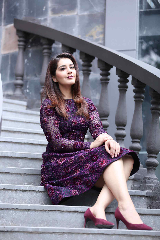 Raashi Khanna On Black Sexy Dress