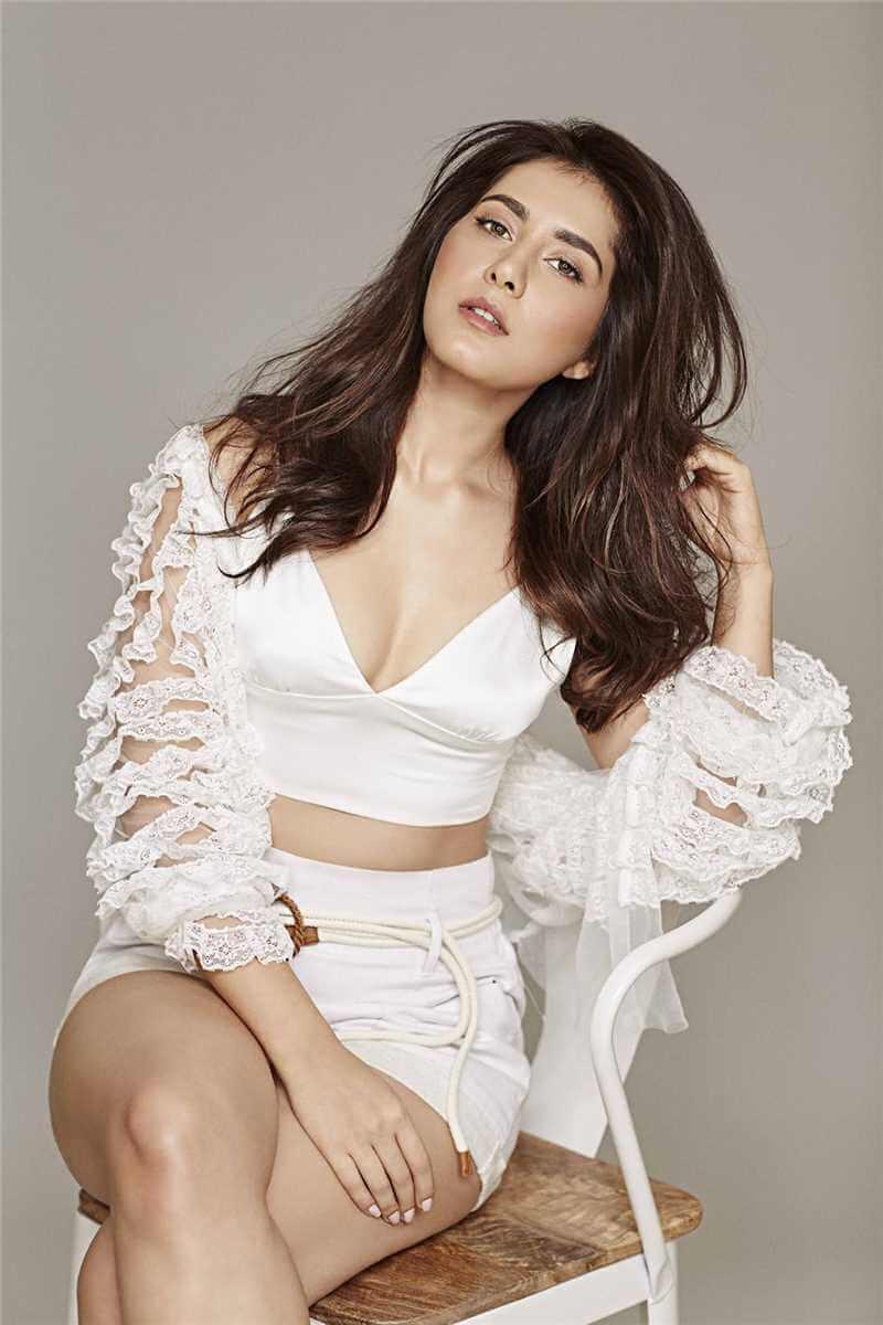 Raashi Khanna On White Dress