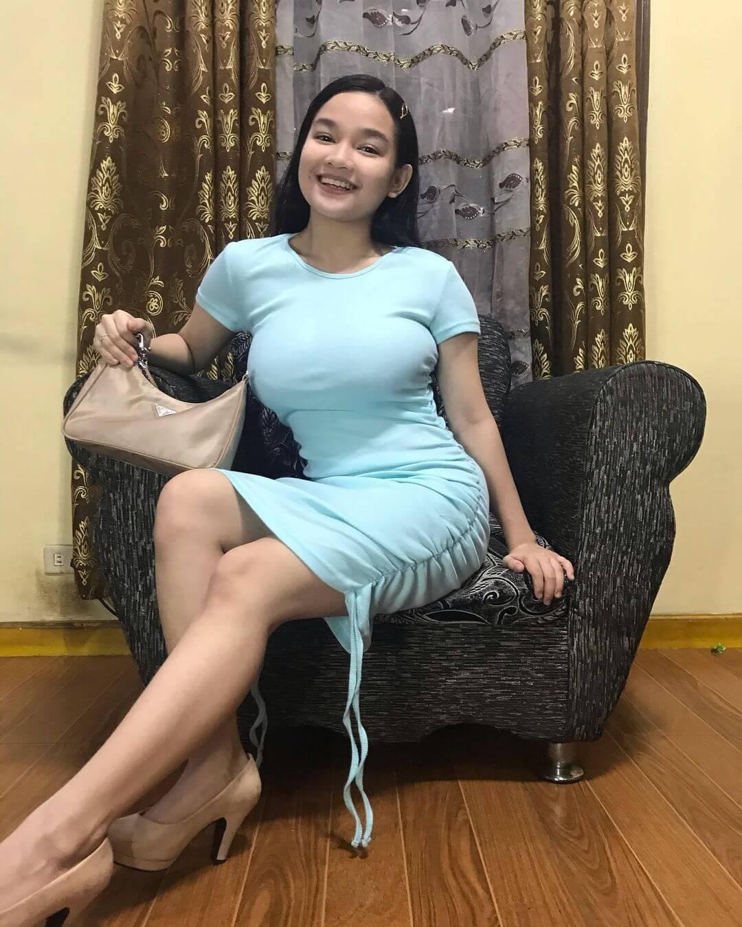 Xyriel Manabat On Sky Blue Dress