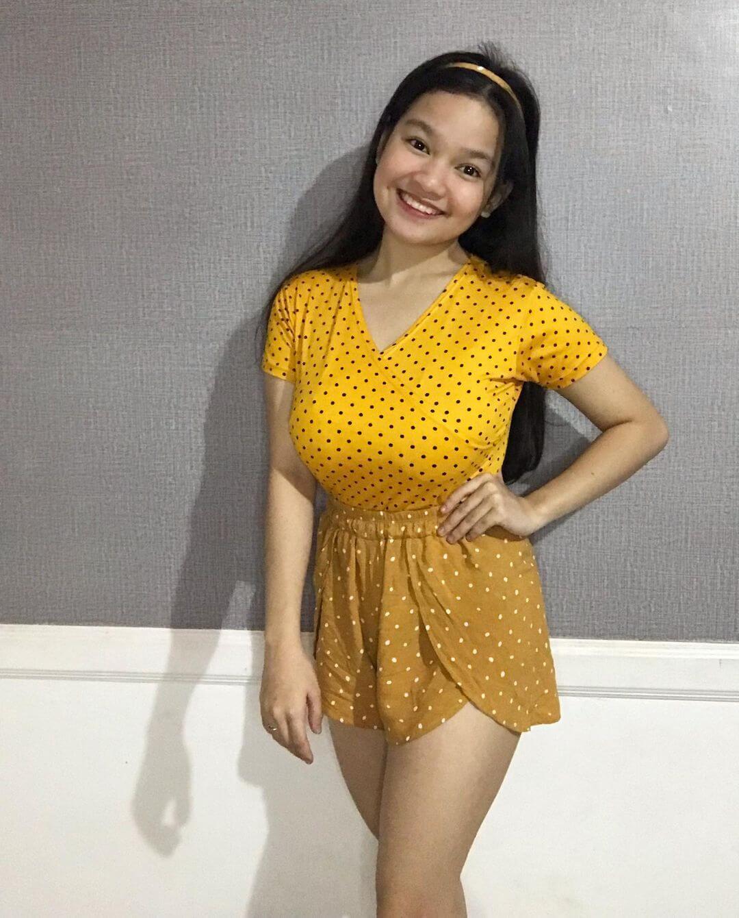 Xyriel Manabat On Yellow Top