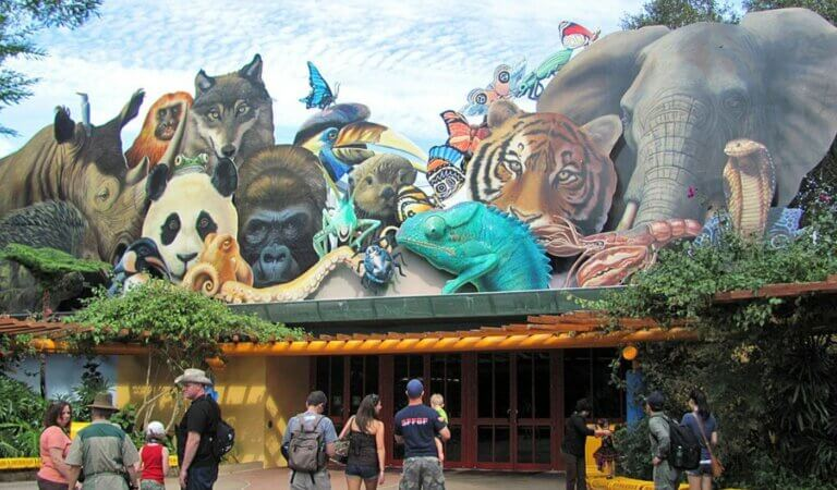 Top 10 biggest zoos in the world