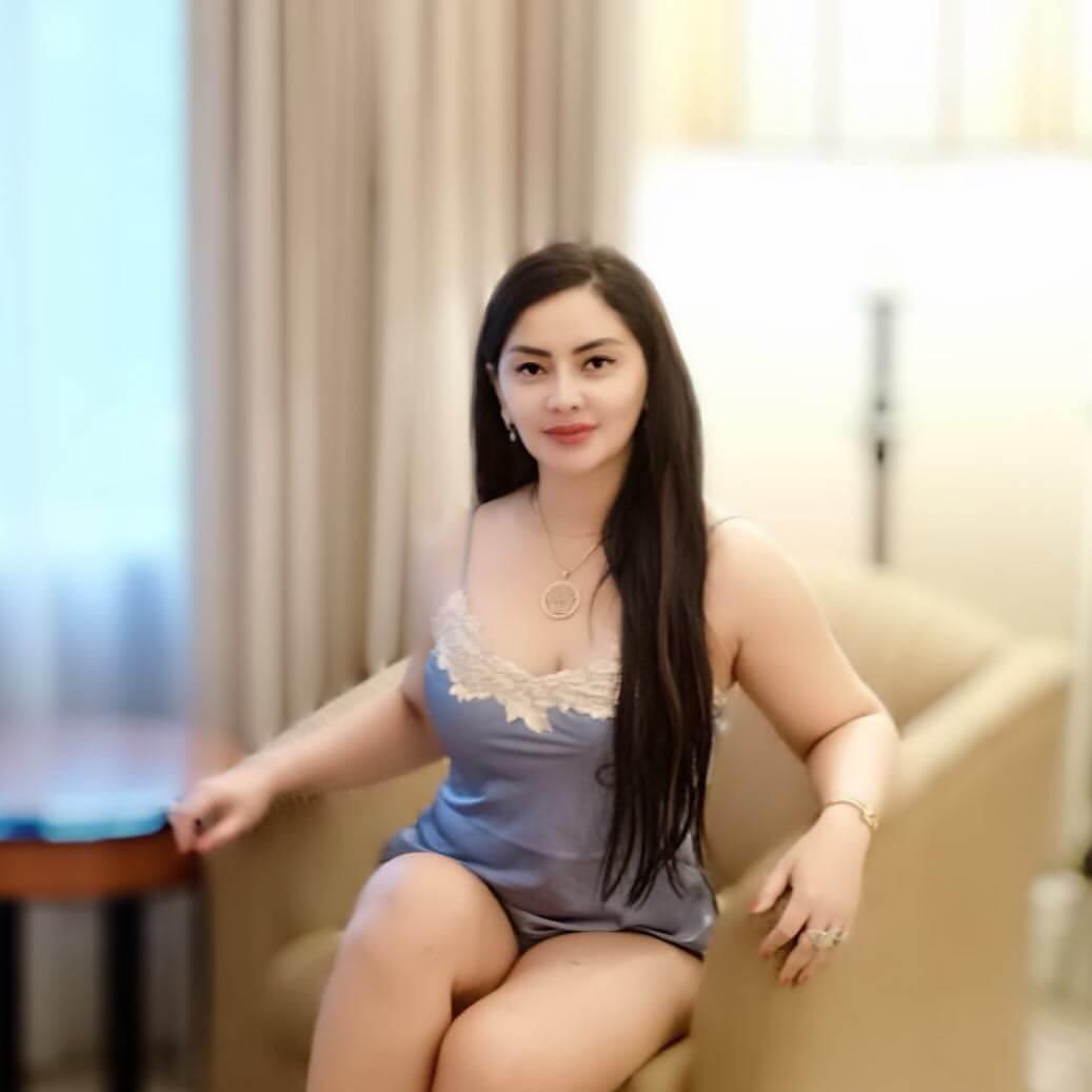 Beautiful Girl Mami Sisca Mellyana