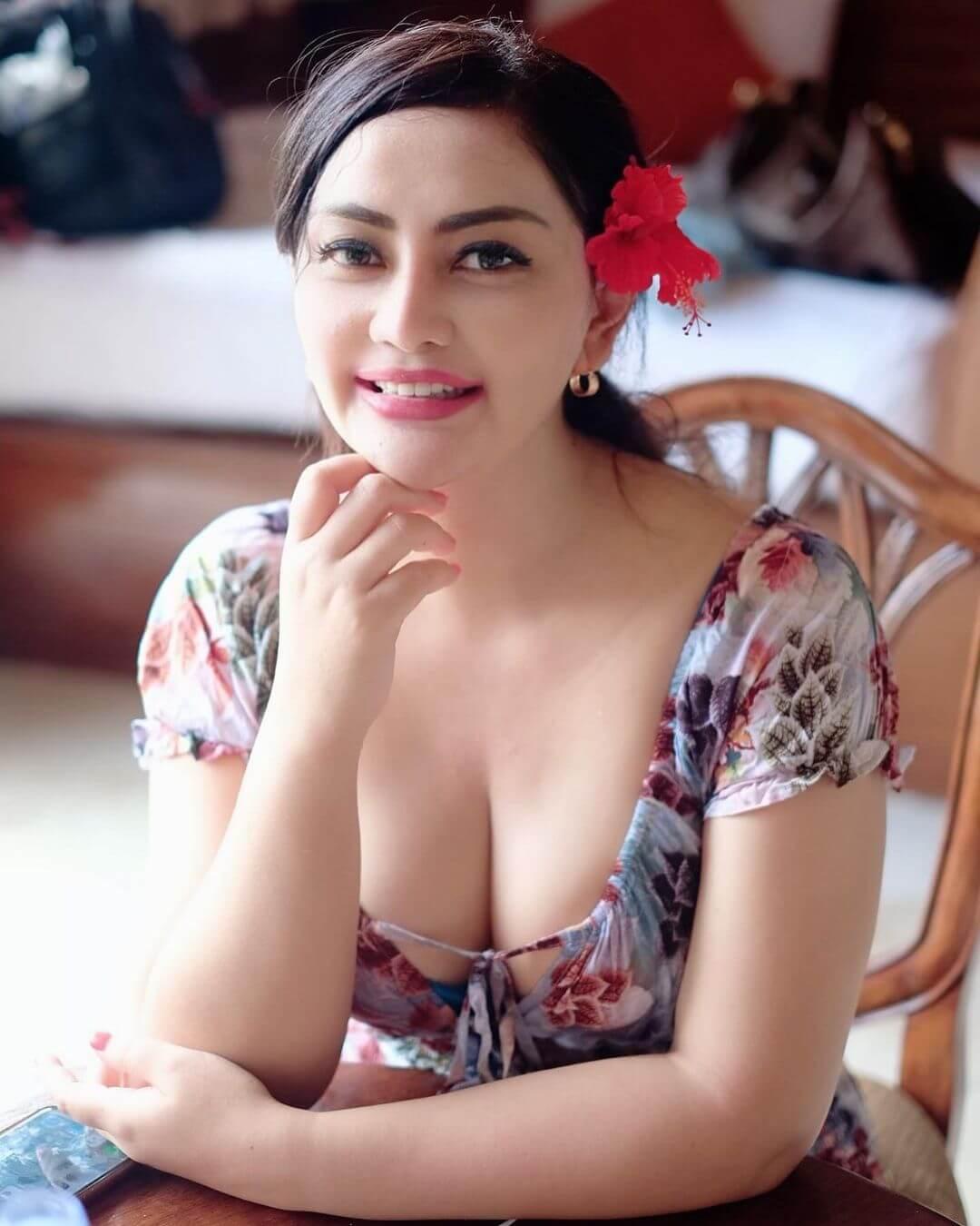 Beautiful Model Mami Sisca Mellyana