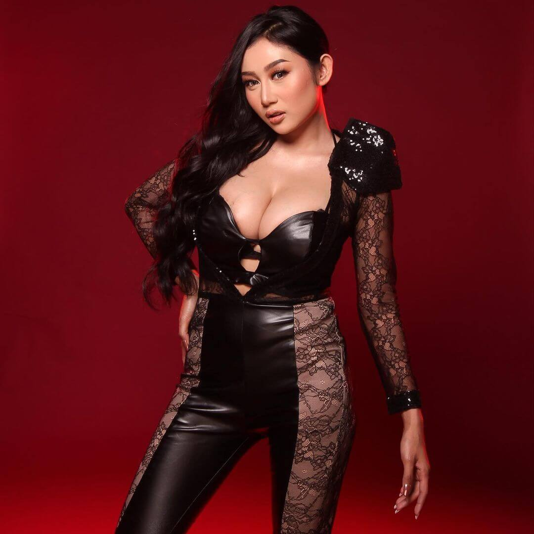 Hottest Actress In The World Pamela Safitri