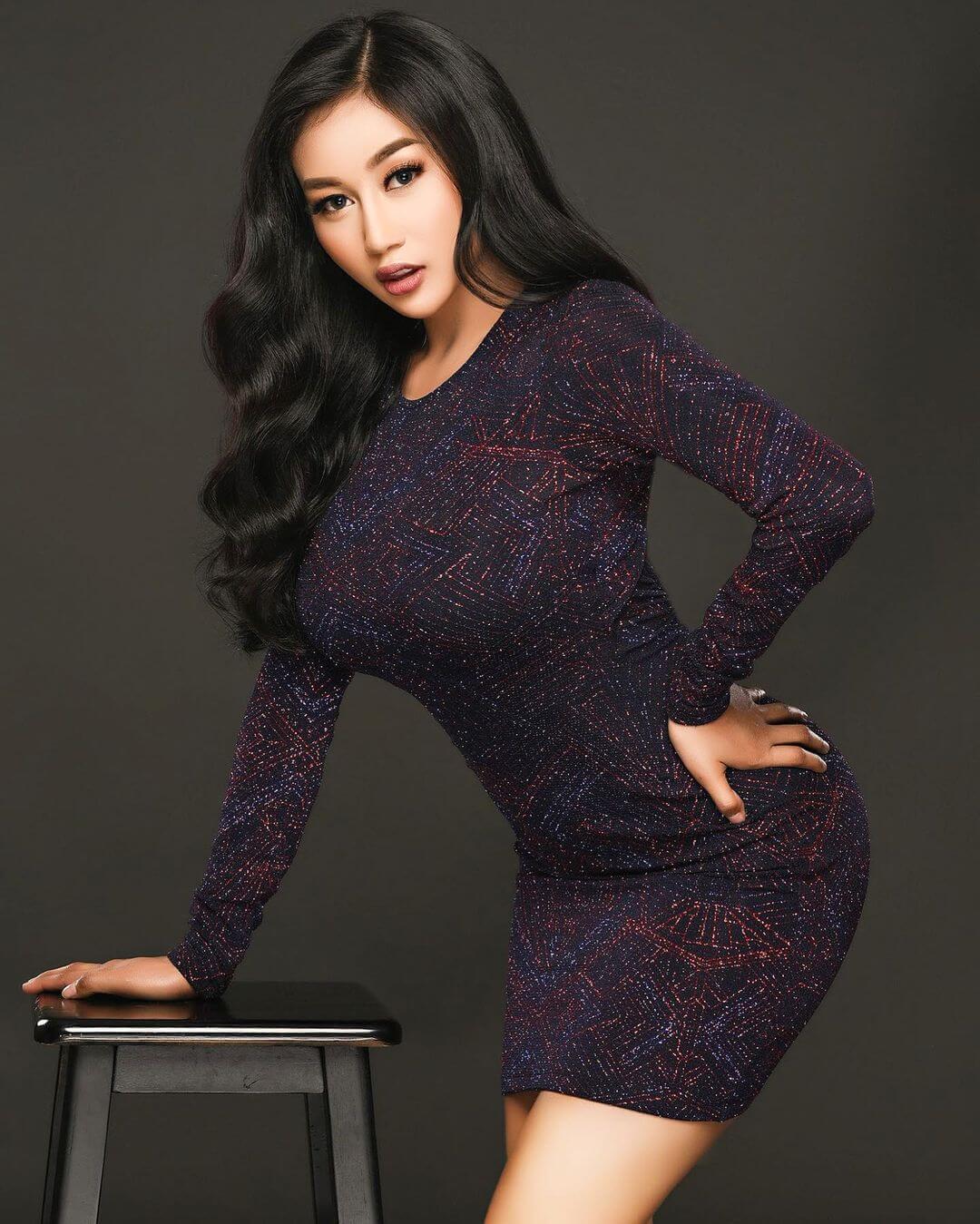 Indonesian Sexy Actress Pamela Safitri