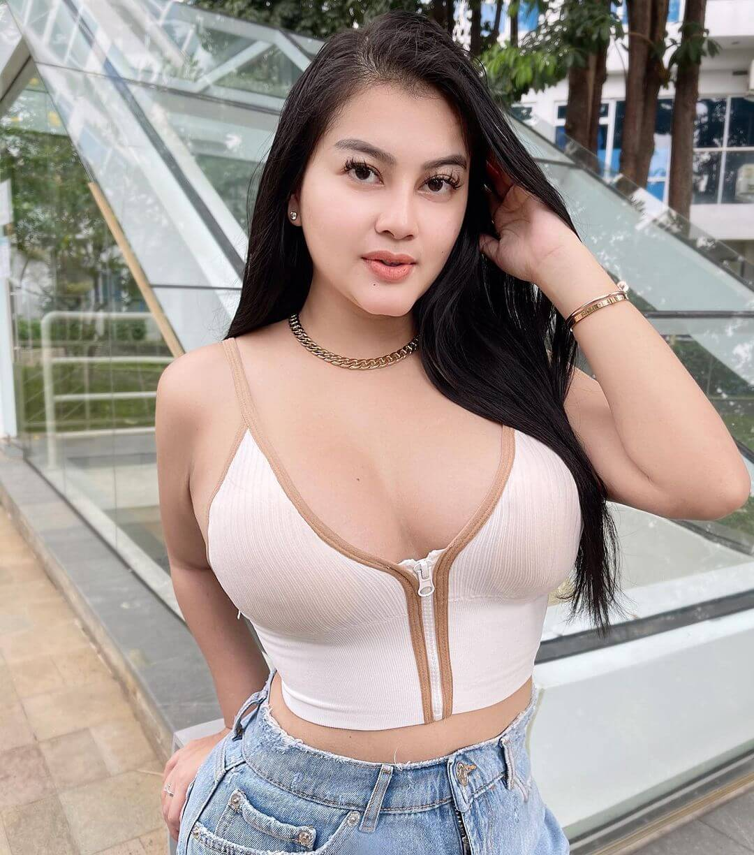 Lovely Model Gita Youbi