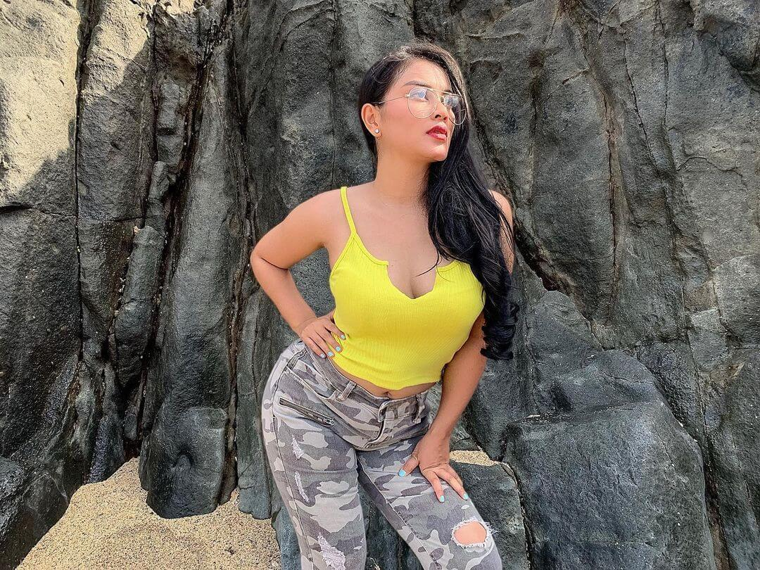 Model Gita Youbi