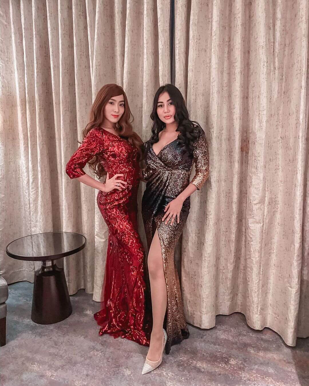 Model Pamela Safitri With Her Friend