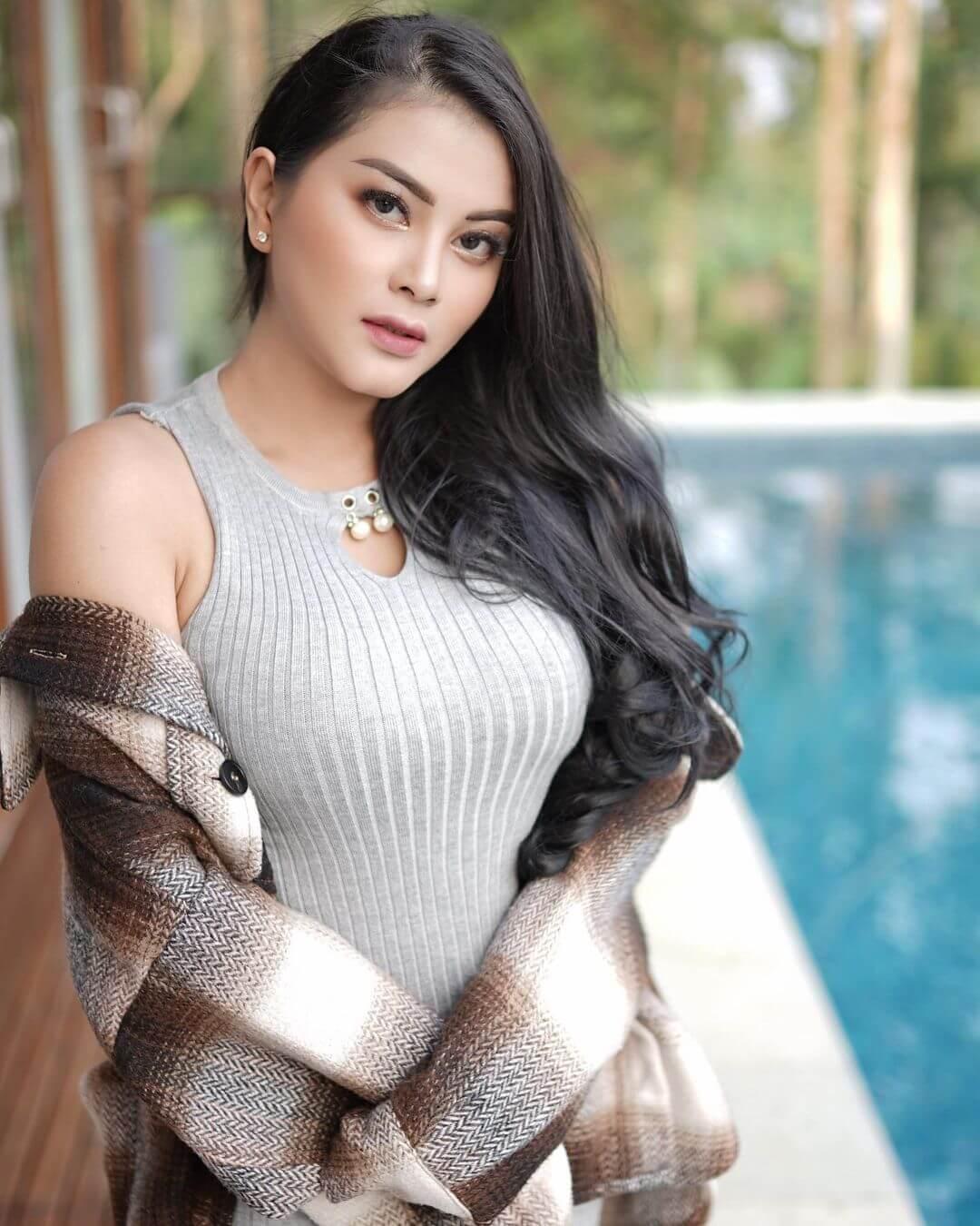 Pretty Gita Youbi