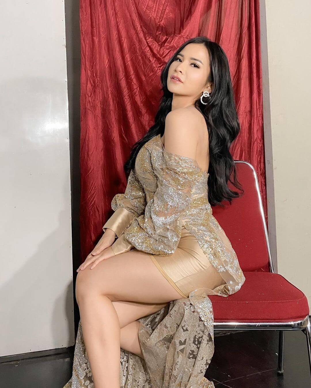 Hot Model Maria Vania