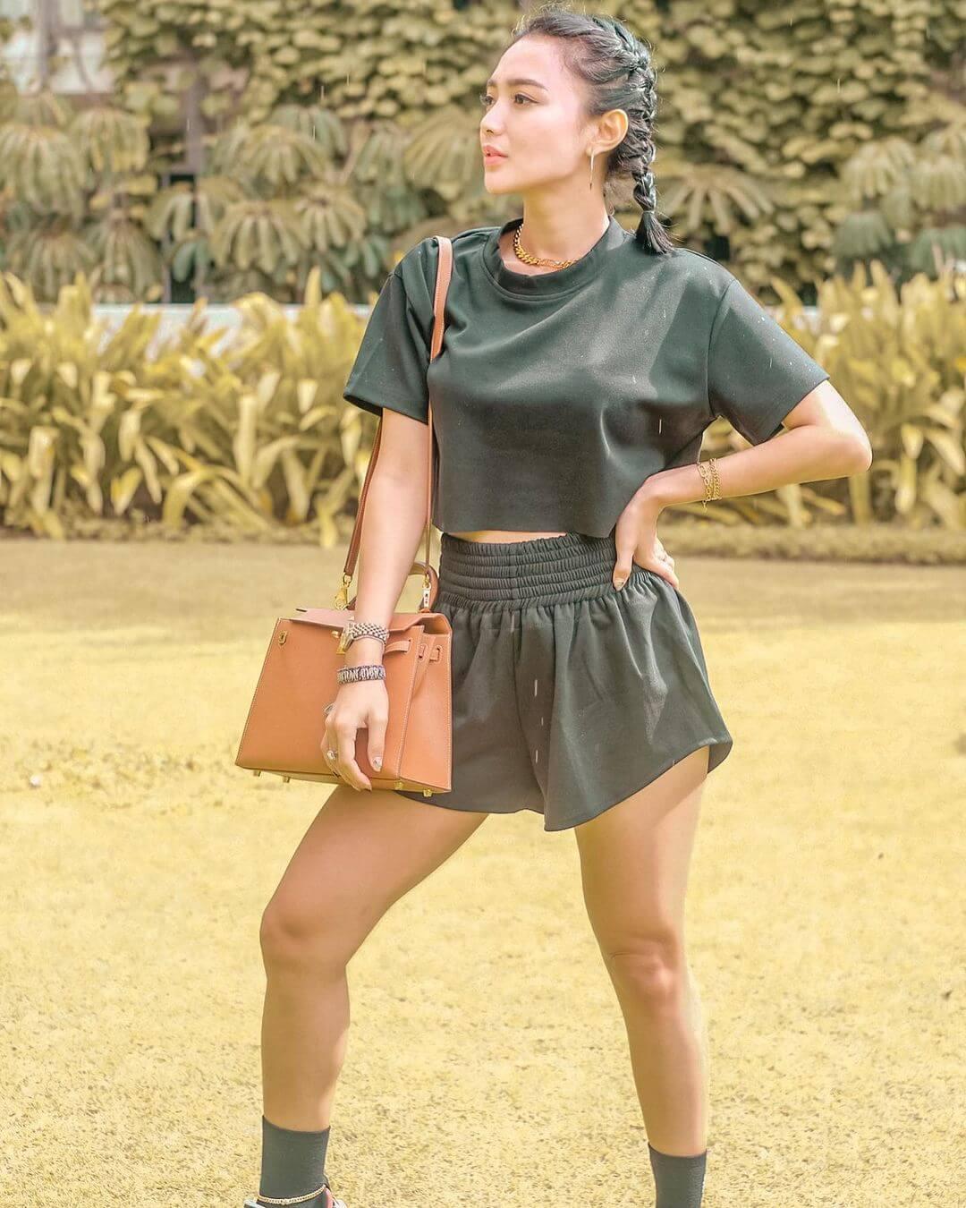 Hottest Indonesian Model Wika Salim Jpg
