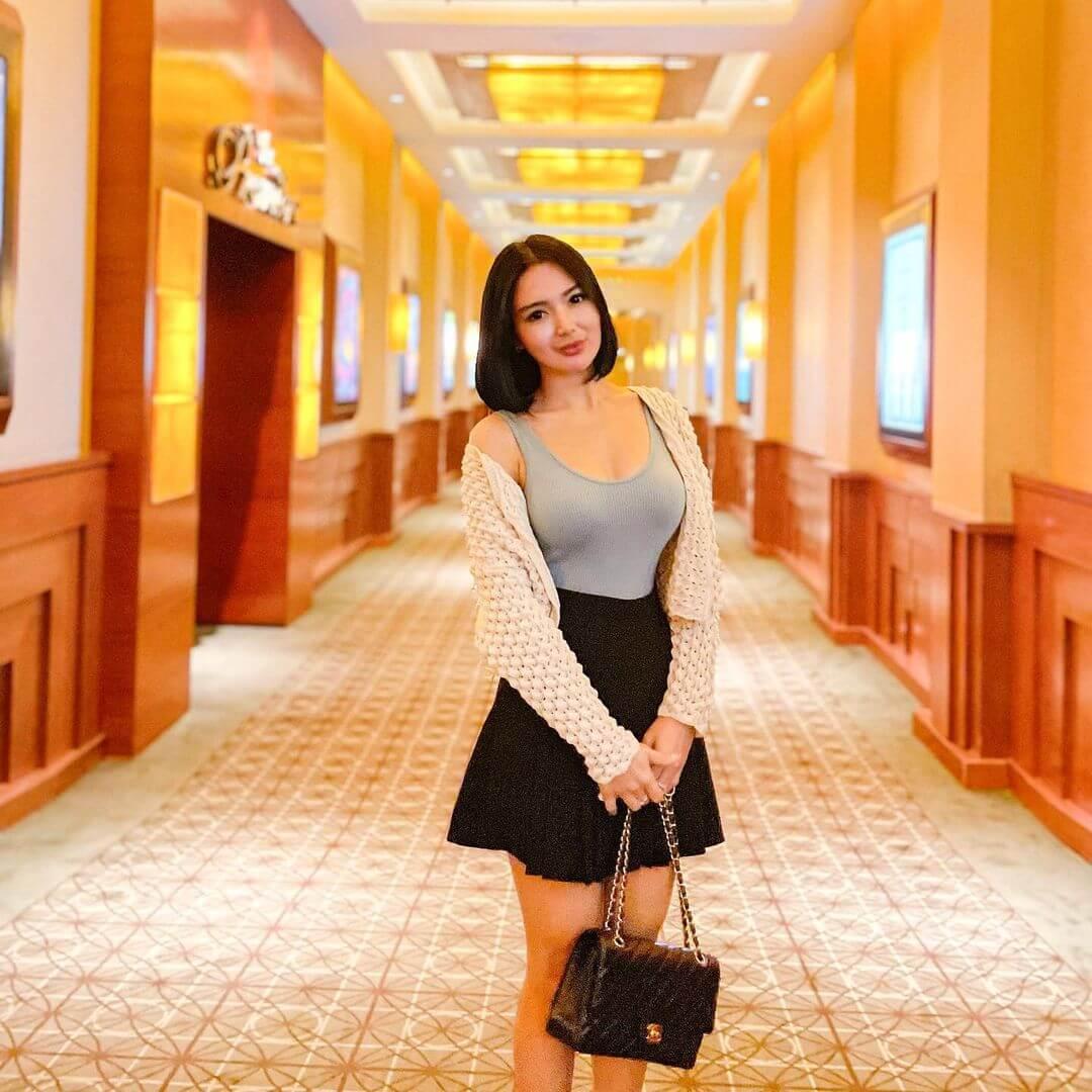 Indonesian Actress Wika Salim In Black Skirt