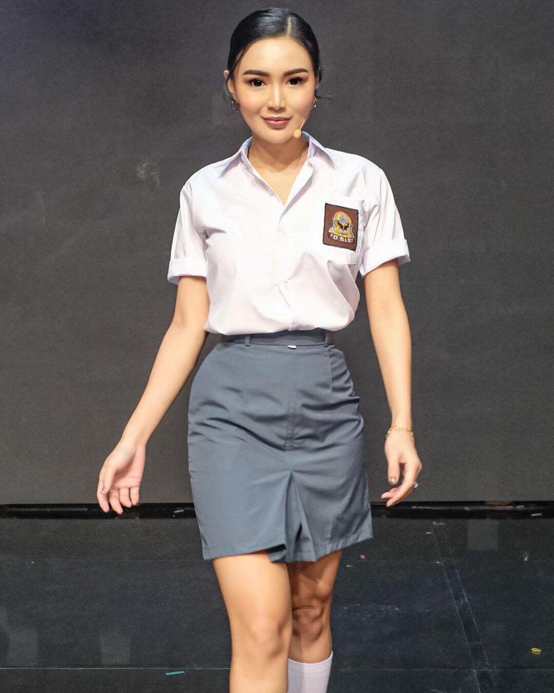 Indonesian Girl Wika Salim
