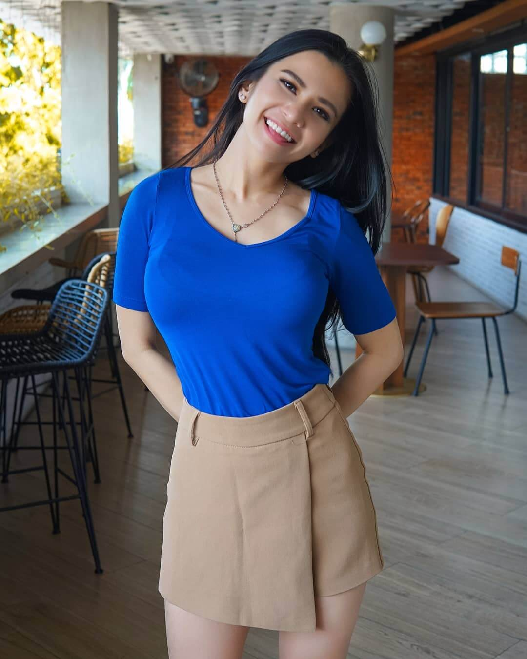 Maria Vania In Blue Top