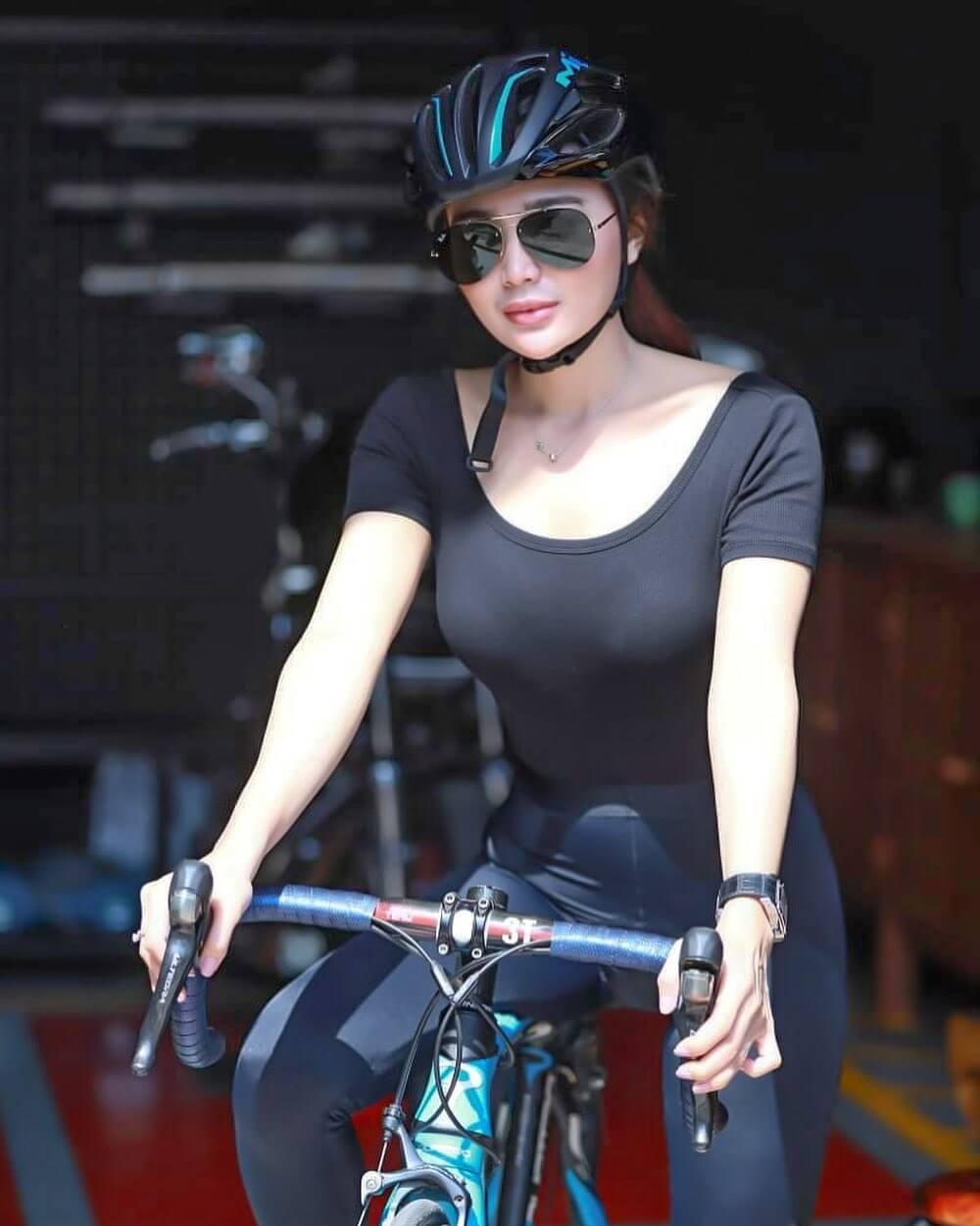 Most Beautiful Indonesian Model Wika Salim Jpg